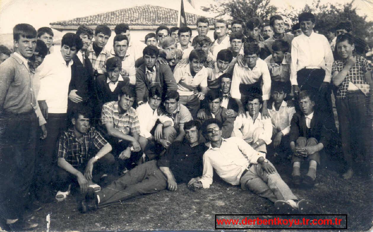 18-8-1971 Köy gençleri